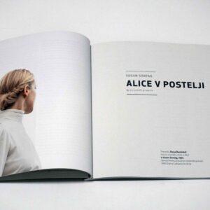 Alice_v_postelji_02