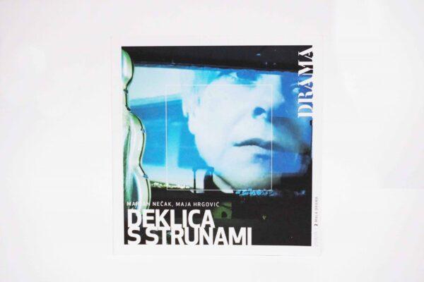 Deklica_s_strunami_00