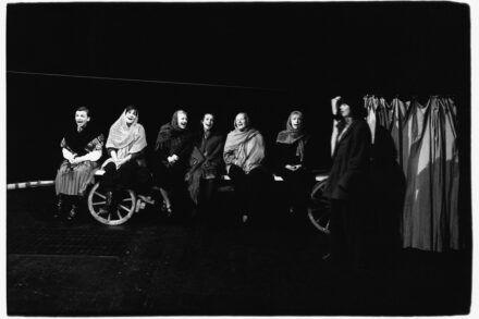 Na fotografiji: Neža Simčič, Meta Vranič, Jerica Mrzel, Vesna Lubej, Metoda Zorčič, Lenča Ferenčak in Marijana Brecelj Foto: Tone Stojko