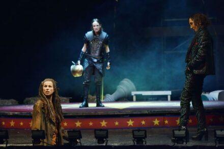 Na fotografiji: Barbara Cerar, Tina Vrbnjak in Silva Čušin Foto: Peter Uhan
