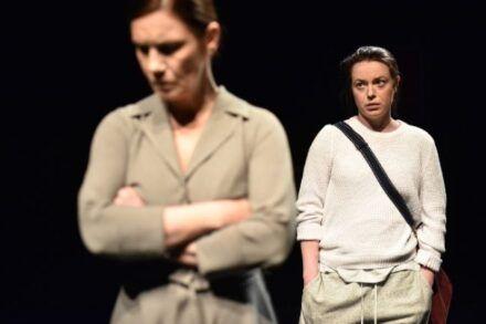 Na fotografiji: Maja Sever in Nina Ivanišin Foto: Peter Uhan