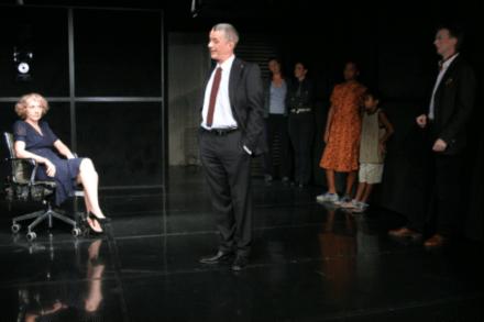 Na fotografiji: Silva Čušin, Vojko Zidar, Nina Valič, Maja Sever, Maša Kagao Knez, Tschimy Aliage Obenga in Alojz Svete Foto: Tone Stojko