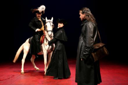 Drago Jančar: Katarina, pav in jezuit / Na fotografiji: Jernej Šugman, Klemen Mauhler in Branko Šturbej Foto:Tone Stojko