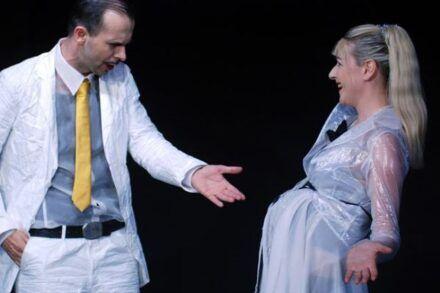 Na fotografiji: Uroš Fürst in Barbara Cerar Foto: Peter Uhan