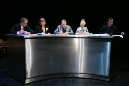 Na fotografiji: Ivo Ban, Zvezdana Mlakar, Aleš Valič, Polona Juh in Uroš Fürst Foto: Tone Stojko